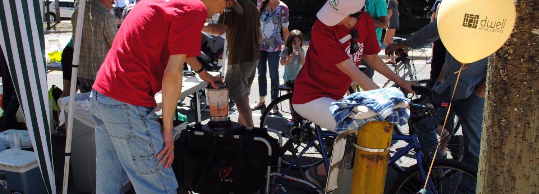 tim-and-lak-smoothie-bike